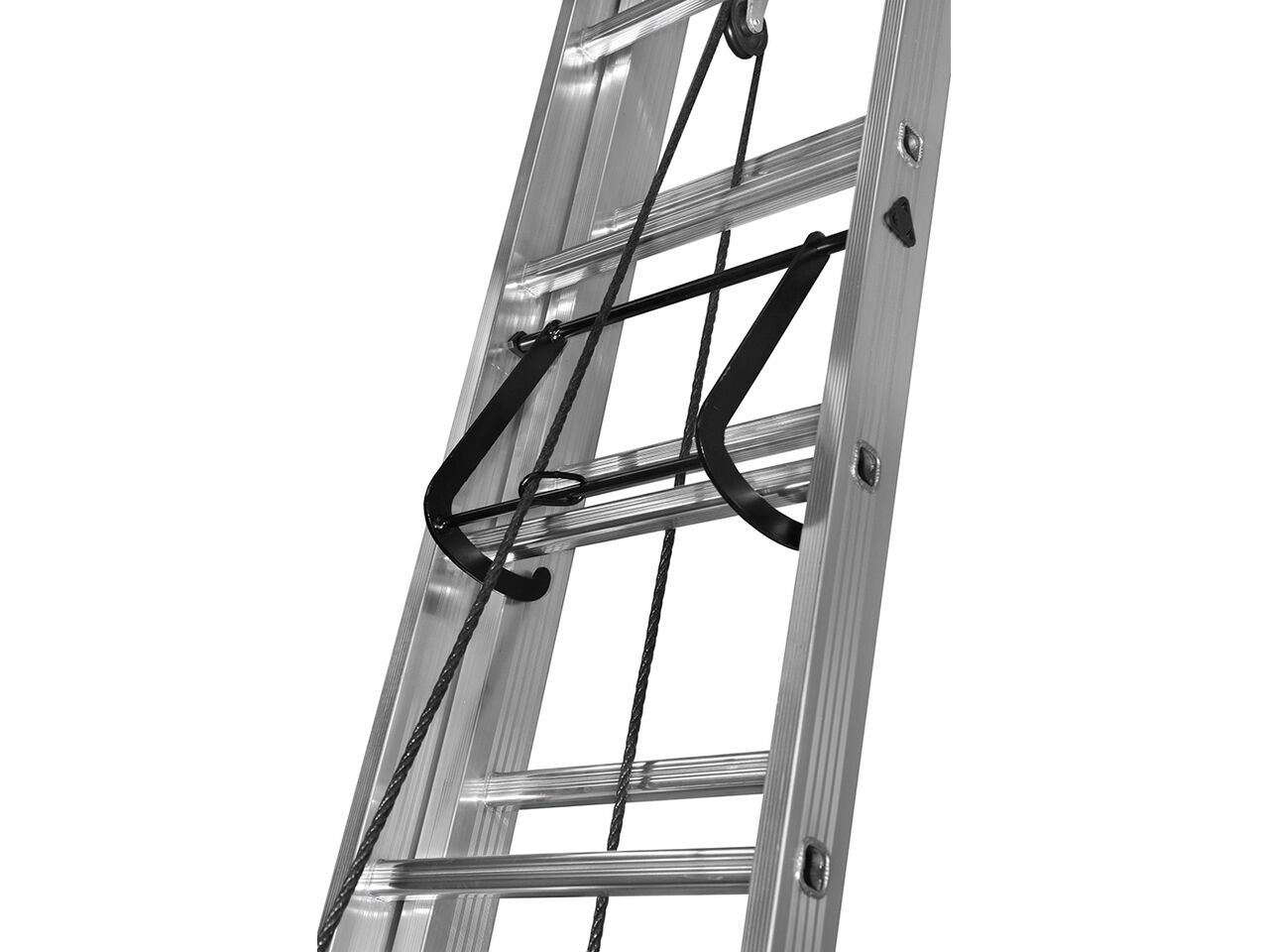 Лестница выдвижная трехсекционная алюминиевая Centaure PEC/PRC 3х10