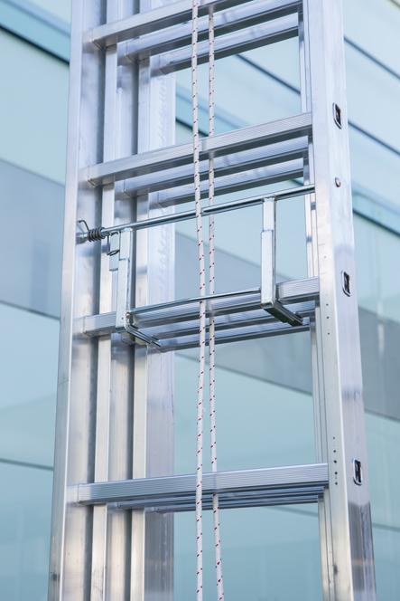 Лестница выдвижная трехсекционная FARAONE ST350/3CM
