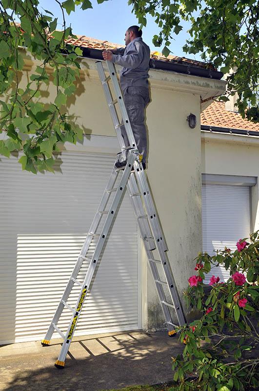 Трехсекционная алюминиевая лестница-стремянка Centaure T3x12