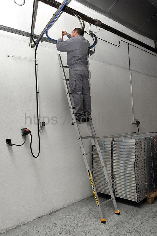 Двухсекционная выдвижная алюминиевая лестница CM2 2х14 Centaure Франция