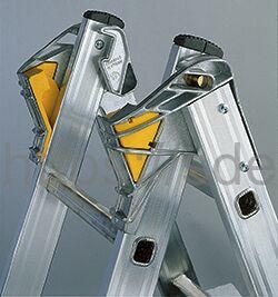 Трехсекционная алюминиевая лестница-стремянка Centaure T3x10