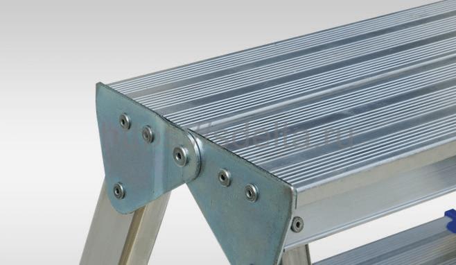Стремянка двусторонняя алюминиевая ELKOP DHR 404